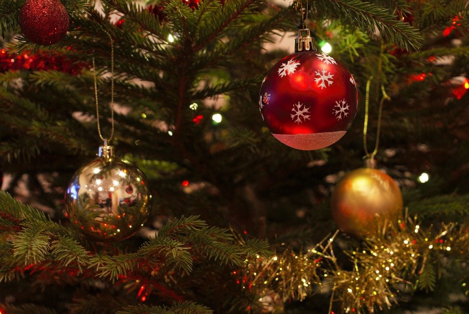 image to support blog: 12 marketing days of christmas